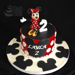 Minnie-Mouse-2-cake