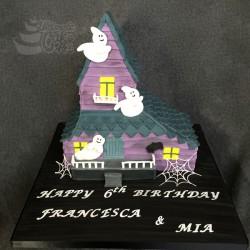 Spooky-House-cake