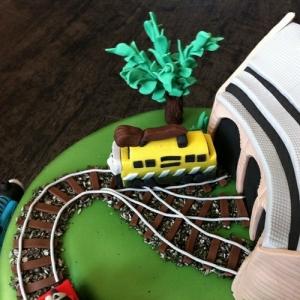 thomas-cake-1